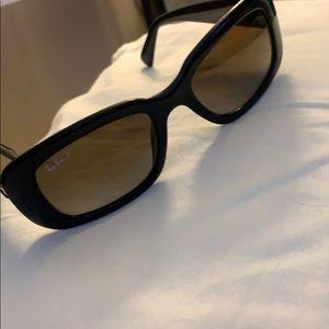 Brand new Ray Ban sunglasses w/ case
